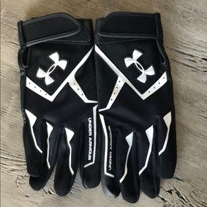 Under Armour Youth Batting Gloves - NWOT